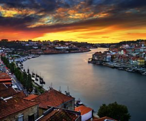 Enchanting Porto Wallpaper