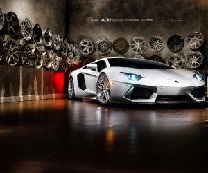 Lamborghini Aventador On ADV.1 Wheels Wallpaper