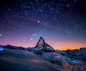 Starry Night Over The Matterhorn Wallpaper