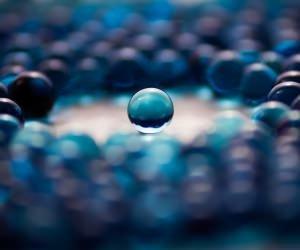 Water Balls Wallpaper