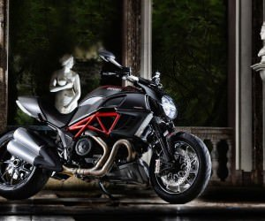 Ducati Diavel Wallpaper