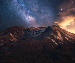 The Milky Way over Mount St. Helens Wallpaper